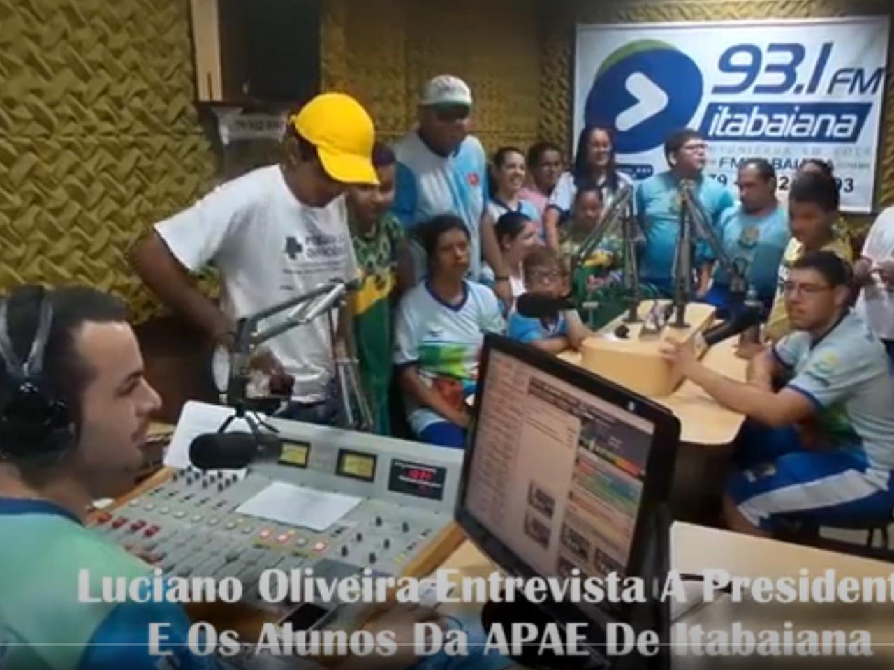 Luciano Oliveira entrevista  a Presidente e Alunos da APAE Itabaiana